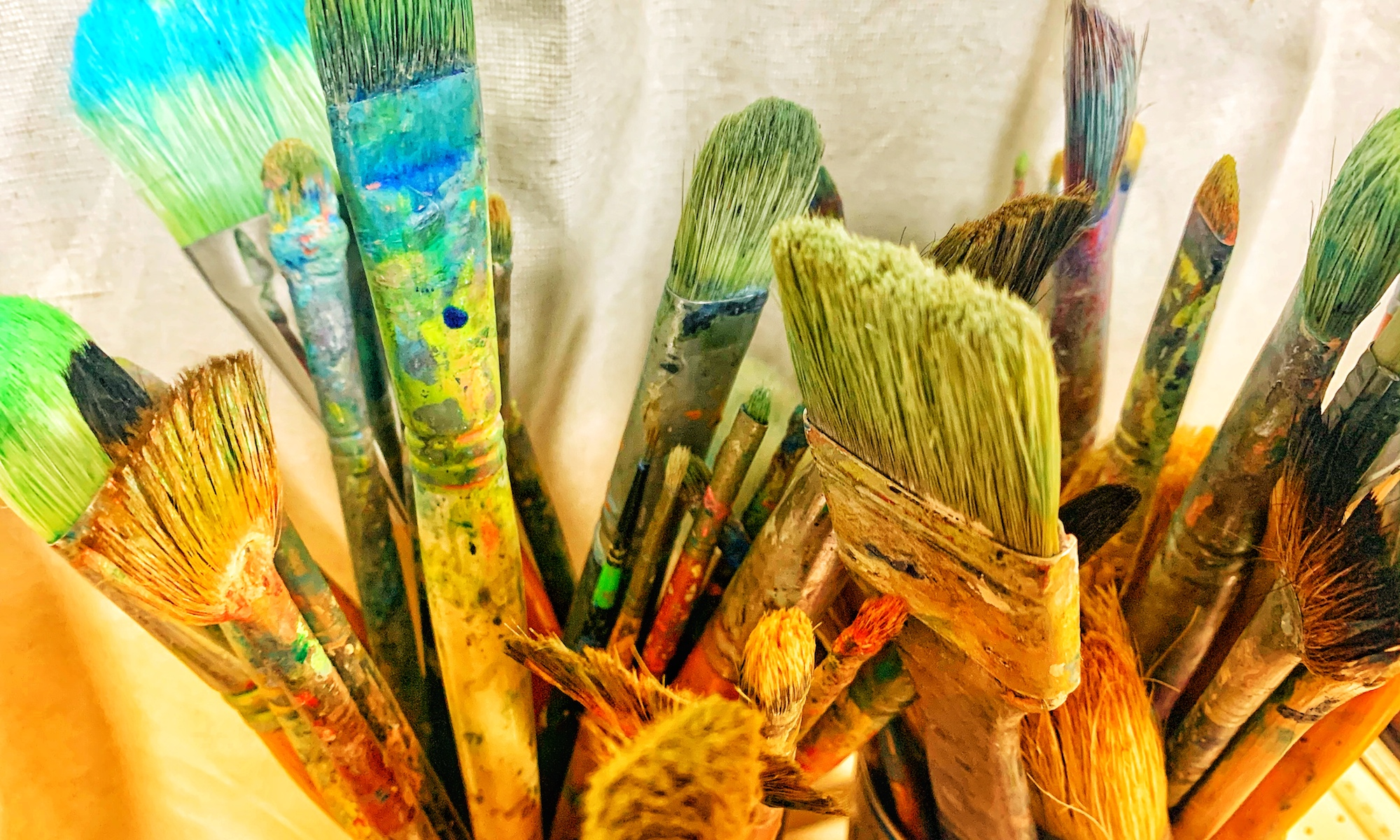 障がい者アートの商品化が流行る…内容や商品化の方法は?